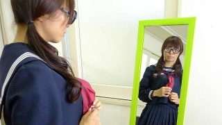 Japanese schoolgirl who stood in front of the mirror – fucked at school!